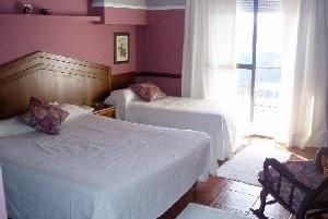 Hotel Balcon Bedroom